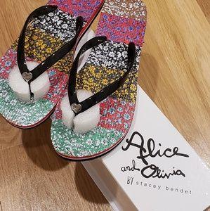 Alice + Olivia flip flop